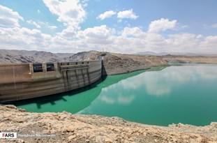 قول وزیر کشور در رابطه با پیگیری برداشتهای بیرویه آب زایندهرود