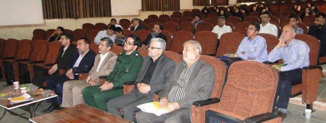همایش فرماندهان واحد های امیدان و پویندگان بسیج دانش آموزی برگزار  شد